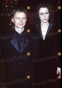 Photos and Pictures - London. Robert Carlyle and his wife ...
