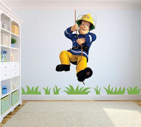 décoration mur chambre bébé décoration chambre sam le pompier