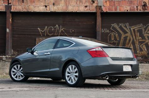 Review Honda Accord by Review 2010 Honda Accord Coupe Photo Gallery Autoblog