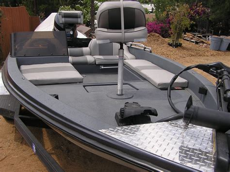 Boat Flooring Coating by Roll On Boat Floor Coating Gurus Floor