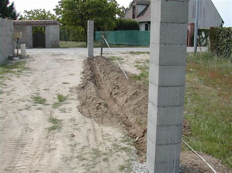 pilier du portail et limite de cloture ma maison