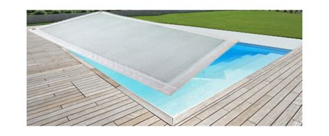 bache piscine chauffante intex