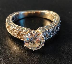 Moissanite Engagement Rings : MOISSANITE WOMANS ENGAGEMENT ...