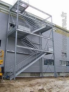 Escalier Métallique Industriel : bati fermetures normandie escalier industriel escalier design escalier quart tournant ~ Melissatoandfro.com Idées de Décoration