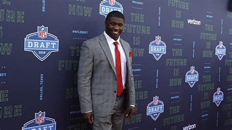 Chicago Bears Pick Linebacker Roquan Smith In First Round Pet Friendly Carpet Cleaners How To Get Spilled Cooking Oil Out Of Cleaning Solution Cleaner Costa Mesa Remove Urine Repair Worn Car Fix My Burnt Stairs Wood Floor Transition
