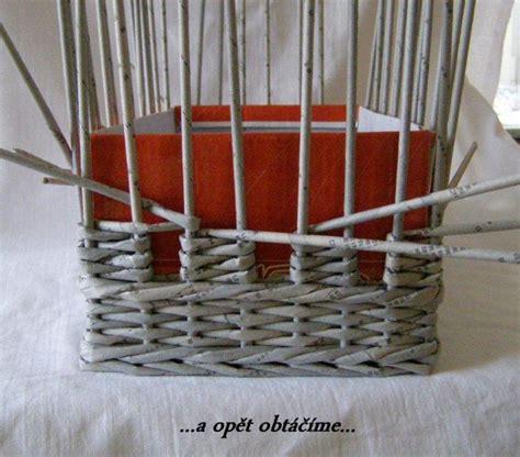 weave  unique diy storage basket   newspaper