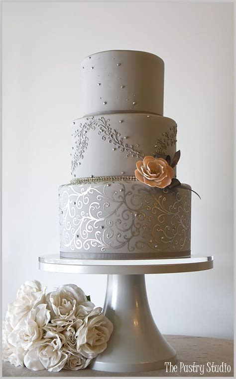 Jaw Droppingly Beautiful Wedding Cake Inspiration
