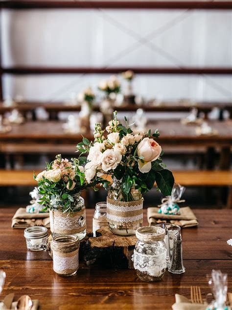 15 centerpiece ideas for a rustic wedding table