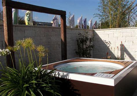 Hausgarten Mit Garten Whirlpool