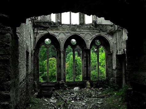 breathtakingly beautiful abandoned places