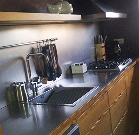 encimeras de cocina  muebles en acero inoxidable