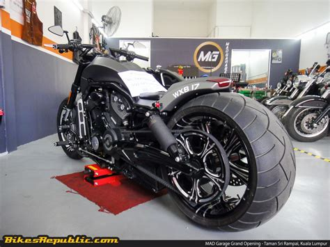 Harley Davidson Shop by Harley Davidson Expert Mad Garage Sets Up Shop In Setapak
