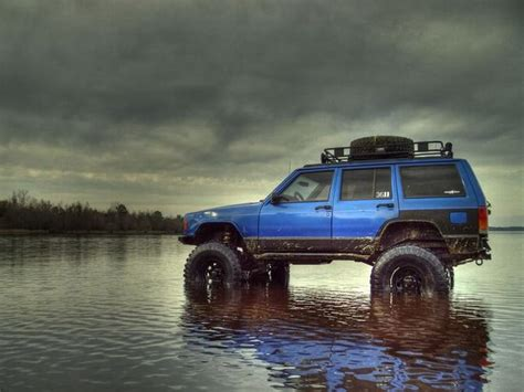 hunting jeep cherokee lifted blue xj jeep i want jeeps pinterest jeep