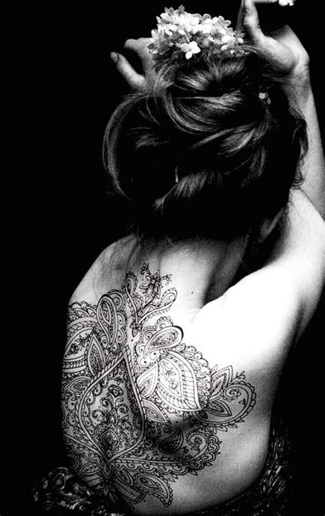 46 Coole Ruecken Tattoos Fuer Frauen 46 coole r 252 cken tattoos f 252 r frauen piercing