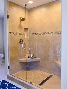 Dusche In Der Küche : dusche in beige mit sitzbank an der ecke k che pinterest sitzbank ebenerdige dusche und ~ Watch28wear.com Haus und Dekorationen
