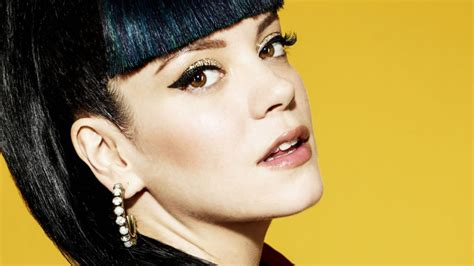 Lily Allen's Stalker Planned To 'stick A Knife Through Her