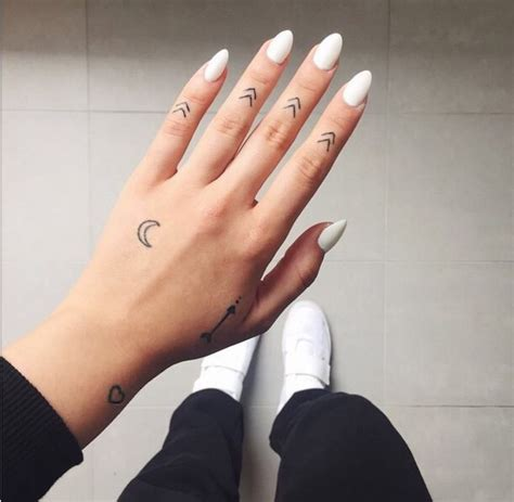 beautiful finger tattoo ideas   meaning