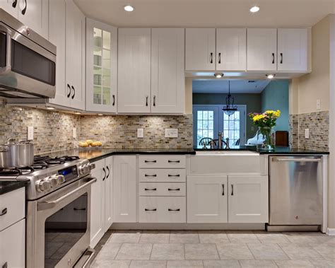 kitchen backsplash tile with white cabinets kitchen backsplash white cabinets rectangle silver kitchen