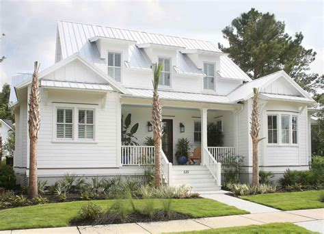 House Shows Just Beautiful Simple Can by Coastal Farmhouse Plans Arch Dsgn