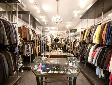 designer consignment boutique  hit  queen west