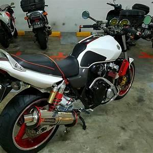 Honda Cb400 Vtec 3  Motorbikes On Carousell