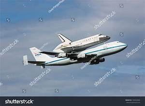Washington Dc April 17 Space Shuttle Stock Photo 100322840 ...