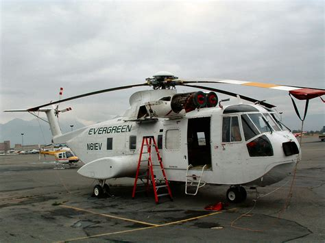 Sikorsky S-61 (ex Hh-3f) Sea King Walk Around Page 1