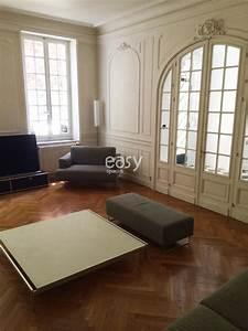 louer un appartement avec parquet moulures cheminee de With parquet haussmannien