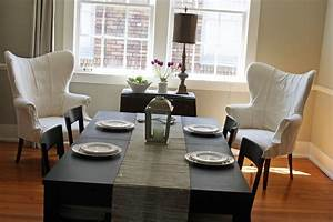 dining table decor for an everyday look tidbitstwine With decorating ideas for dining room tables