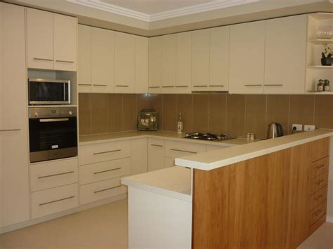 Height Kitchen Cupboards by 6 Considerations For Kitchen Cabinetry Height Size