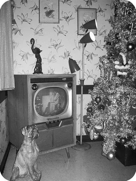 christmas    oozes mid century modern aluminum