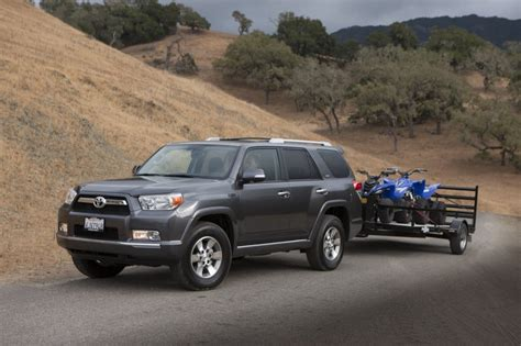 pickup truck suv   tow