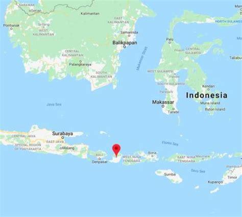 malaysians   tourists trapped  landslide  lombok