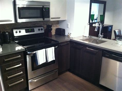 kitchen cabinets toronto yorkville toronto furnished condos david greenaway msn 1518
