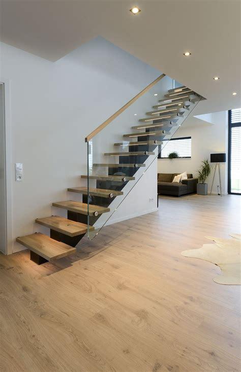 Gerade Treppe Modern by Moderne Gerade Treppe Wohn Design