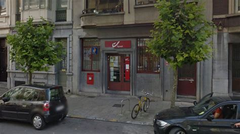 un homme arm 233 d une hache braque un bureau de poste 224 schaerbeek rtl info