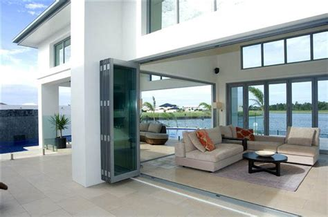how much do bifold doors cost