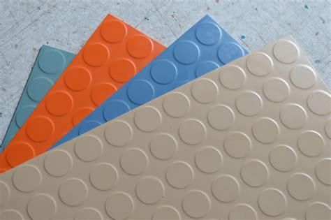 tile flooring types rubber floor tile zyouhoukan net