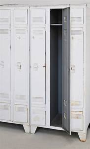 Armoire Metallique Maison Du Monde : armoire vintage m tal gymnase meuble vintage meubles vintage d co vintage decor vintage ~ Teatrodelosmanantiales.com Idées de Décoration