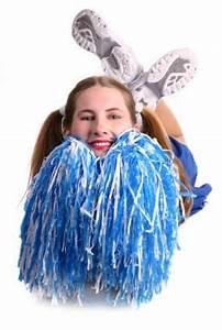 Cheerleader Pompons Basteln : how to make cheerleading pom pons crafts cheerleader pompons basteln selbermachen ~ Orissabook.com Haus und Dekorationen