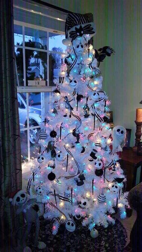 ideas  halloween christmas tree  pinterest