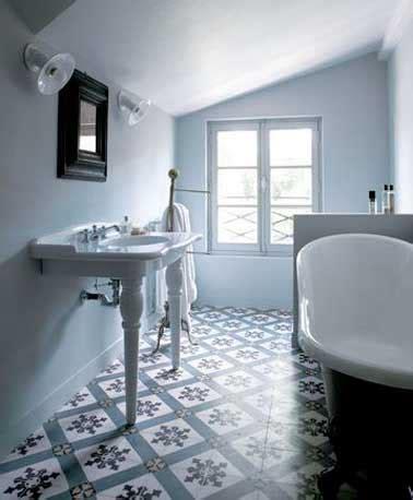 salle de bain retro photo les carreaux de ciment subliment la d 233 co de la salle de bain