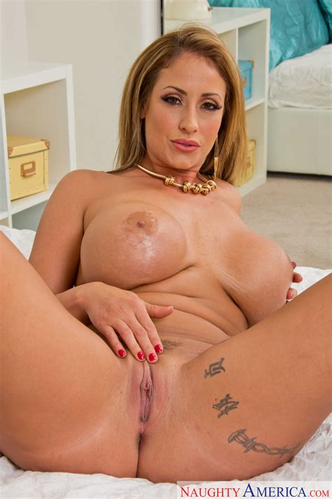 hot eva notty likes her handsome neighbor milf fox