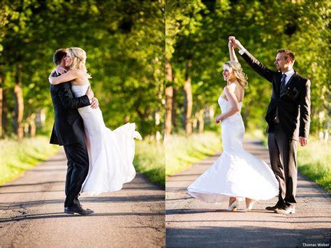 hochzeitsportraits beim  wedding shooting im gruenen