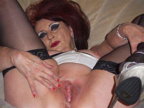 Eveylegs In Gallery Mature Uk Slut Evelyn Again