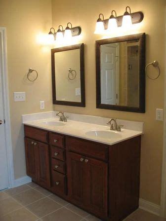 Double Sink Bathroom Vanity, 726048 Inch, Photo