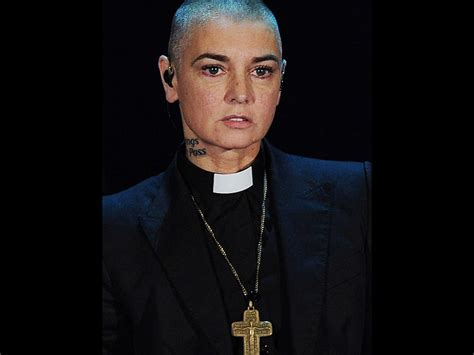 Listen to music from sinéad o'connor like nothing compares 2 u, mandinka & more. Sinead O'Connor went missing and was feared suicidal after distressing message | Nova 100