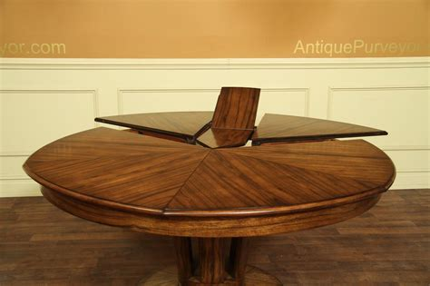 Moderner Runder Esstisch by Contemporary Jupe Table For Sale Modern Expandable