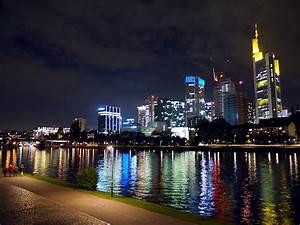 Haus Kaufen In Frankfurt Am Main Von Privat : skyline frankfurt seite 11 deutsches architektur forum ~ Kayakingforconservation.com Haus und Dekorationen