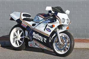 Honda Rc 30 : honda vfr750r rc30 rothmans m 39 cycle honda vfr 750 interceptor pinterest honda nice and ~ Melissatoandfro.com Idées de Décoration